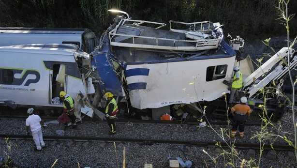Two Killed, 37 Injured in Train Crash in Central Portugal