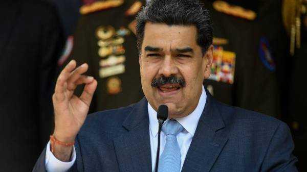 Gold in London bank sparks battle between Venezuelan rivals