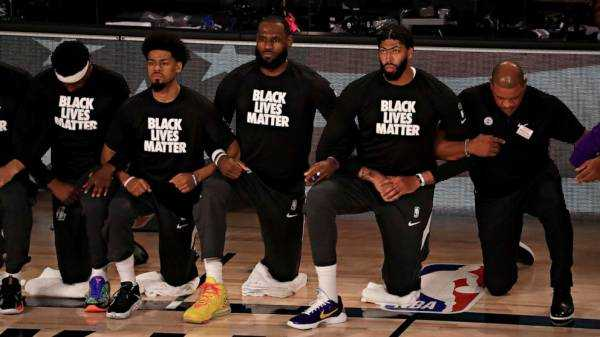Black entertainers, athletes converge to deliver messages of social activism