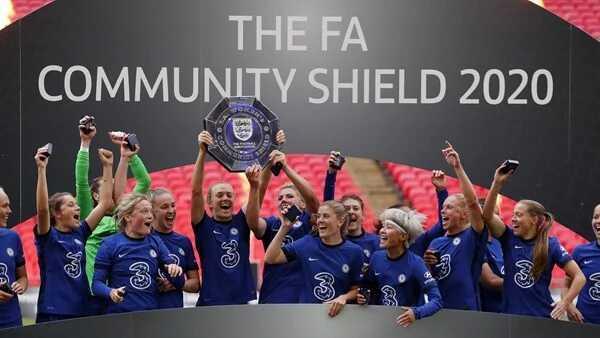 Jill Scott sees red as Chelsea claim Community Shield