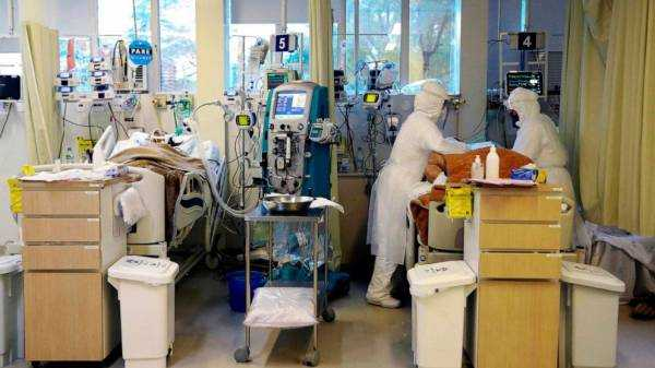 COVID-ravaged Brazil becoming vaccine lab for English, Chinese researchers