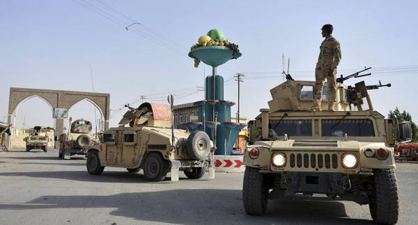 Explosion in Afghan City of Ghazni Kills 21 People, Injures 17 More, Reports Say