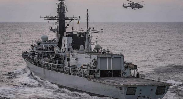 UK Defence Secretary Lauds Use of Navy Vessels to 'Protect Our Fishermen' if Brexit Talks Fail