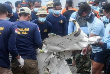 Indonesia Extends Search Operation at Plane Crash Site Until Monday