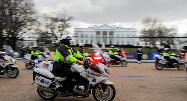 'Letter For President Biden': Woman With 'Loaded Gun' Reportedly Arrested Near White House
