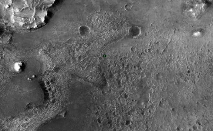 NASA Spots Weirdly-Shaped Tall 'Harbour Seal Rock' in Fresh Mars Panorama Pic