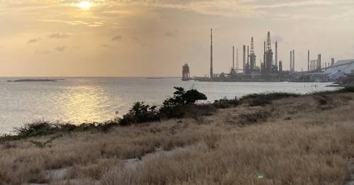 Aruba looks towards long-idled oil refinery, as tourism drop pummels economy