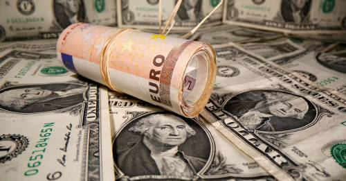 Vaccine hopes boost euro, dollar on back foot as yields off highs