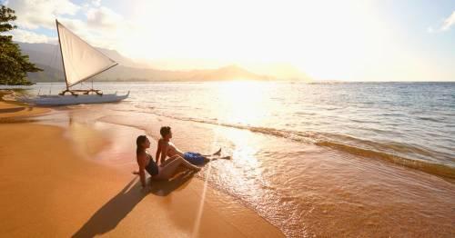 Hawaiian 'resort bubbles' let holidaymakers enjoy the sunshine during quarantine