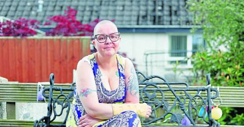 Woman told she has six months to live just days after doctors said she was cancer free