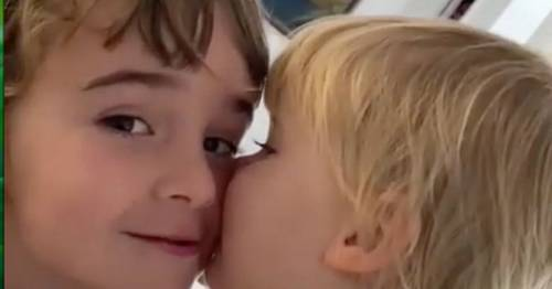 Toddler gives sister sweet kiss in video before 'both killed and dumped in sea by dad' - World News
