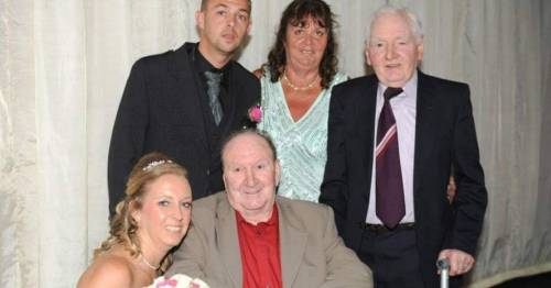 Family scattering grandad's ashes in Spain lose £4,000 after Ryanair charges