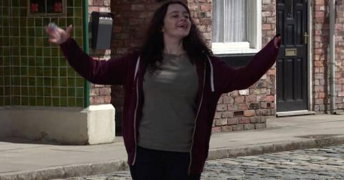 Coronation Street spoilers for next week: Triple return and Nina hits self-destruct