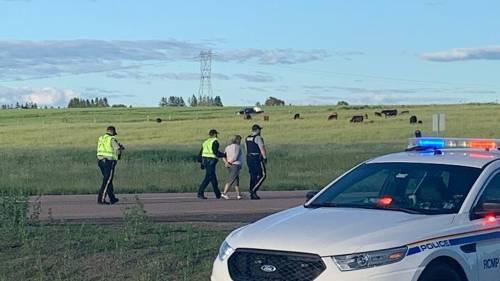Arrests made at N.B.-N.S. border as RCMP break up blockade, reopen border