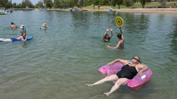 Dangerous heat wave in the West won't end any time soon: Latest forecast