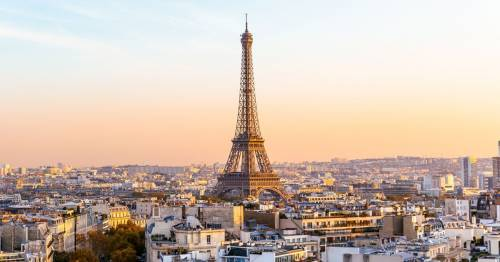 Brits visiting friends in France need to pay €30 and register at the town hall
