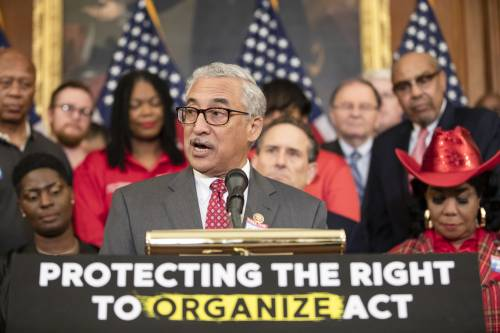 Poll: A majority of voters support the PRO Act and union protections
