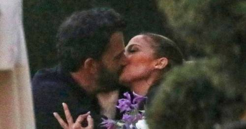 Jennifer Lopez and Ben Affleck share steamy snog during family dinner with her kids
