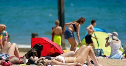 UK Weather: 'Bermuda blast' 26C heatwave will last all weekend and into next week