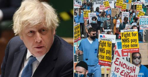 Nurses could strike over 3% pay rise as Boris Johnson 'plots tax raid to fund it'