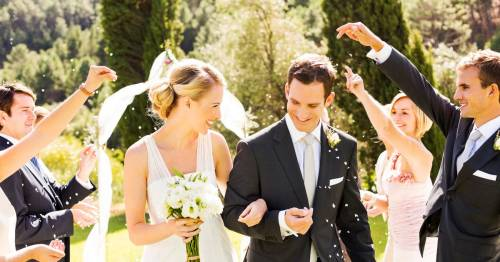 Pre-wedding pings: Government says you must stop the wedding and self-isolate