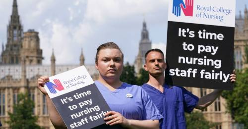 'Worn-out nurses will leave profession in droves if government refuses fair pay'