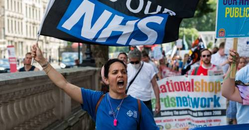 'Typical Tory disdain for NHS heroes as Downing Street rubs salt in the wounds' – Voice of the Mirror