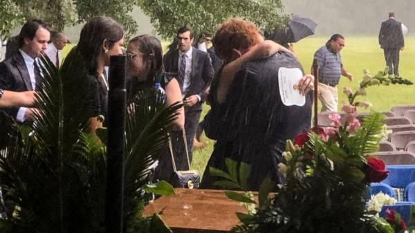 911 call released in killing of mother, son in S. Carolina