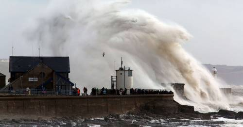 Storm Evert: Met Office warns 75mph gales 'will get worse before it gets better'