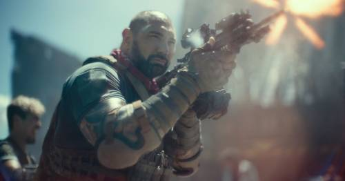 Army of the Dead review: Zack Snyder delivers 'visually impressive zombie epic' - Lewis Knight