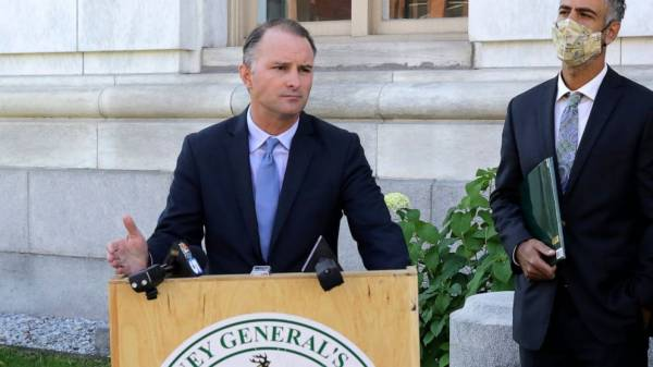 Vermont sues 4 oil companies, alleges false info on climate