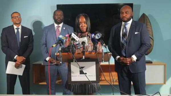 Philadelphia pays $2 million to woman beaten by police, separated from her son