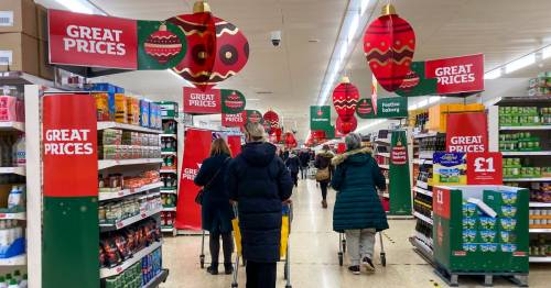 All the shops that won't be open on Boxing Day this year - from Morrisons to Aldi