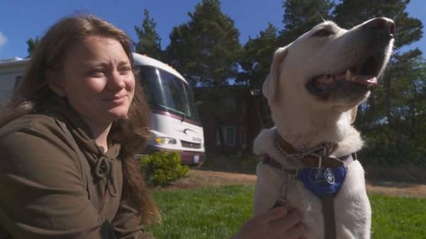 Incarcerated women train service dogs to detect disabling conditions