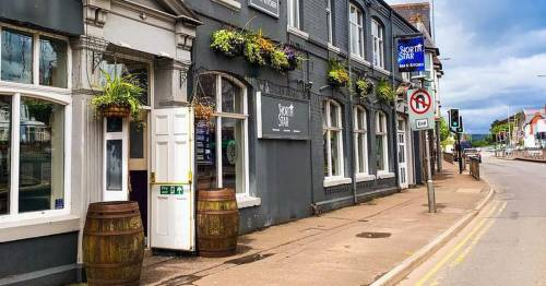 Pub responds to customer complaint after they tried to eat Tesco meal deal on premises