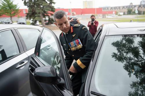Senior soldier returned to leadership role after investigation into alleged use of racial slur