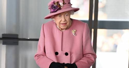 The Queen uses walking stick for the second time in a week during Wales visit