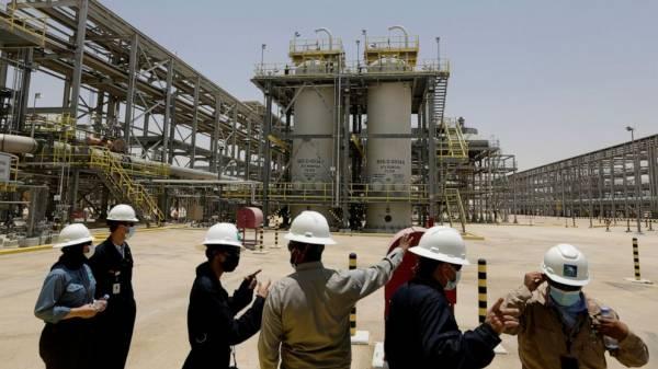 Saudi Arabia pledges 2060 target of net-zero emissions