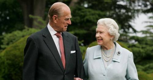 Royal expert predicts what Prince Philip would've told Queen amid new health battle