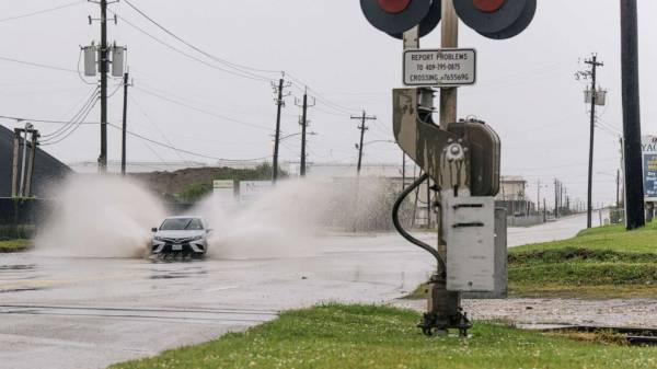 Don't rely on safety systems in cars during bad weather, American Automobile Association warns